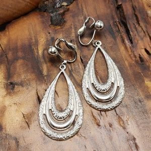 Vintage tear drop silver filagree gypsy